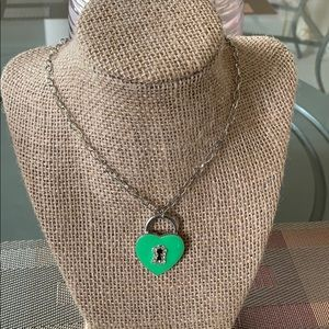 👶5/$25 Green Heart Necklace
